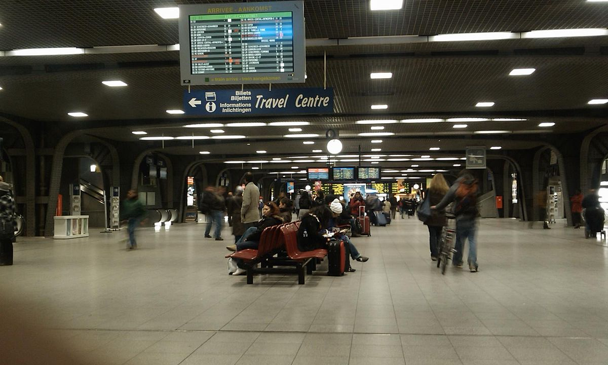 Brussels south railway station wikipedia for Interieur 78