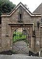 Gate into the churchyard, St Ives parish church - geograph.org.uk - 1549034.jpg