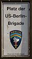 Gedenktafel Platz der US-Berlin-Brigade (Lifel) Platz der US-Berlin-Brigade.jpg