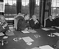 Generaal Ridgway bezoekt Ministerraad, Bestanddeelnr 905-3303.jpg