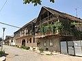 German houses in Bolnisi (37293759091).jpg
