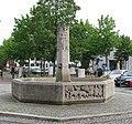 Geschichtsbrunnen am Pfanzeltplatz Perlach-1.jpg
