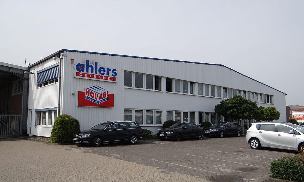 File:Getränke Ahlers, Verwaltung in Achim, 2013.JPG - Wikimedia Commons