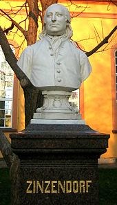 Zinzendorf-Denkmal in Herrnhutvon Bildhauer Alfred Reichel (Quelle: Wikimedia)
