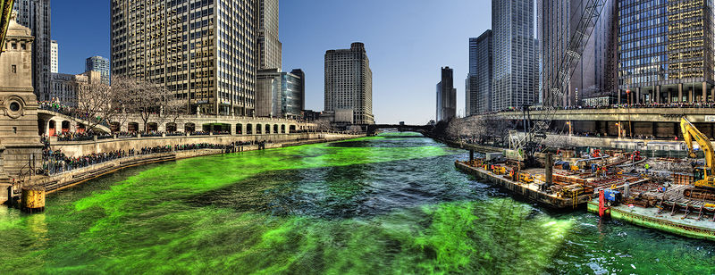 Dyeing of the river green. Image Mike Boehmer from Chicago, IL, via Wikimedia Commons