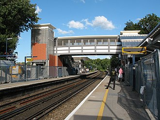 Greenhithe - Greenhithe station