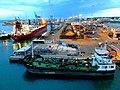 Grimaldi Uno sguardo dal ponte di una grande nave - panoramio (1).jpg