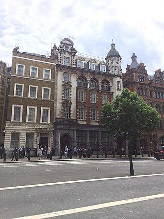 Grindlays Bank - Image: Grindlay & Co headquarters, Parliament street (2017)