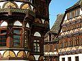 Höxter-Alte Dechanei 1561, Fächerrosetten 04.jpg