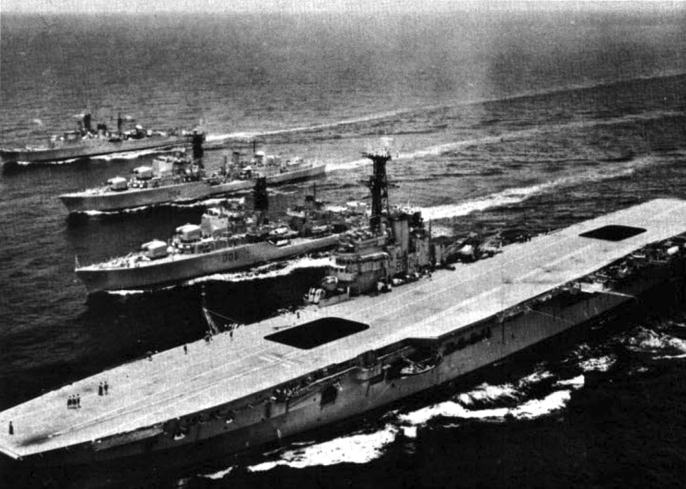 HMAS Melbourne (R21) with destroyers c1962