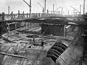 HMS Dreadnought 1906 36 days after keel laid.jpg