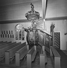 Hailuoto Old Church pulpit 1960s M012 KK5596 7 KIR 53.jpg
