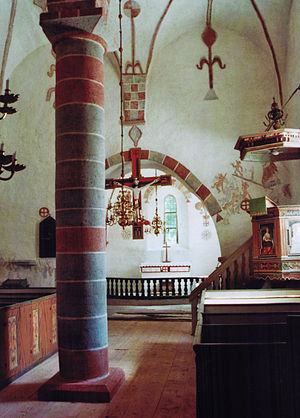 Hall Church, Gotland - Interior view towards the choir