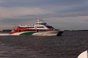 Halunder Jet (ship, 2003) 2011-by-RaBoe-23.jpg