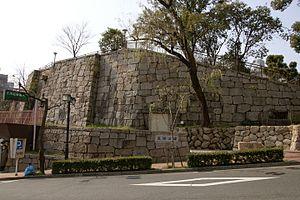 花隈城模擬石垣(東側)