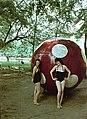 Harkány 1958, strandfürdő, páros portré. Fortepan 73553.jpg