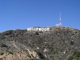 Le panneau Hollywood sur le versant sud du mont Lee