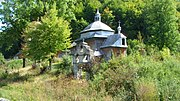 Holy Trinity church, Briukhovychi (07).jpg