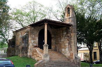 Imagen general de la iglesia de la santa cruz de Cangas de Onís