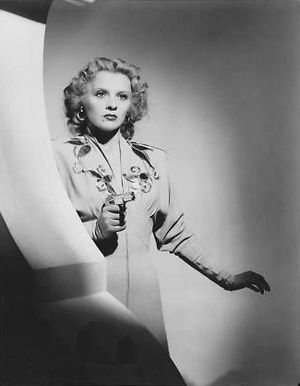 Invisible Agent - Ilona Massey in Invisible Agent (1942)