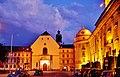 Innsbruck Hofkirche bei Nacht 2.jpg