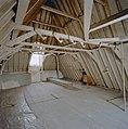 Interieur, zolder, overzicht kapconstructie - 20000514 - RCE.jpg