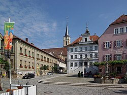 Market square with St. Vitus, town hall and Marienbrunnen