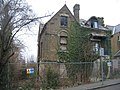 Ivy clad house - Priory Road - geograph.org.uk - 1503074.jpg