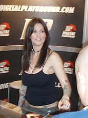 Janine Lindemulder at AVN Adult Entertainment Expo 2006 P1070127 (84678766).jpg