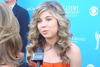 English: Jennette McCurdy at the 2010 Academy ...