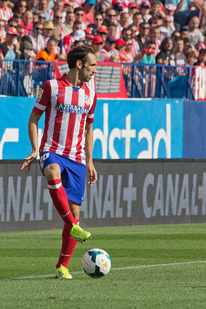 Juanfran (footballer, born 1985) - Juanfran playing for Atlético Madrid in 2013