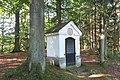 Kaplička svatého Prokopa na bývalé Kostelní cestě západně od Rynartic (Q94435204) 01.jpg