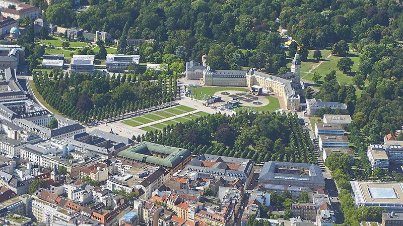 File:KarlsruhePalace.jpg