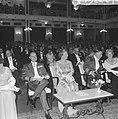 Koningin Juliana en prins Bernhard, Bestanddeelnr 915-2807.jpg