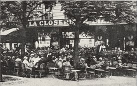 La Closerie des Lilas restaurant (seen here in 1909), where Hemingway wrote parts of The Sun Also Rises.