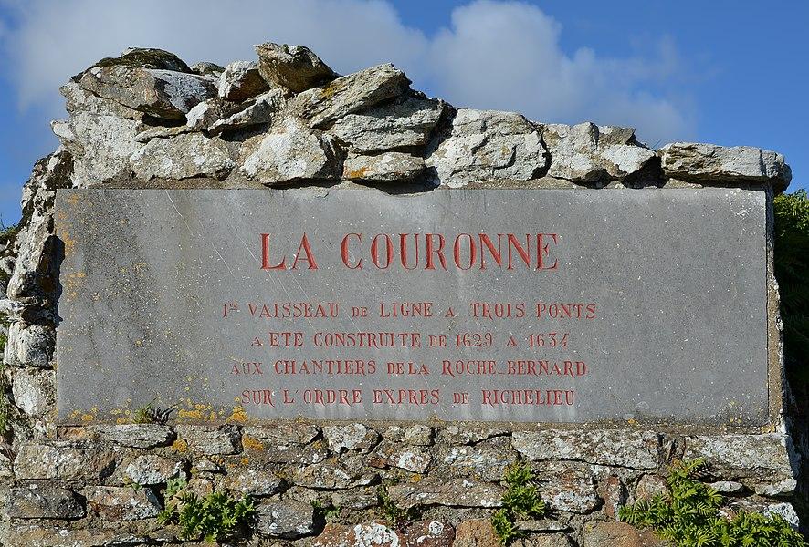 Plaque to the vessel La Couronne (built 17th century), Le Rocher, La Roche-Bernard, Morbihan, France.