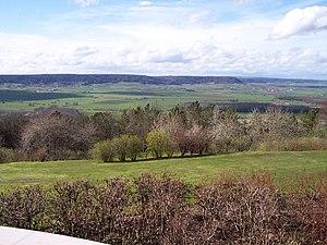 Lorraine Regional Natural Park - Image: La côte de Meuse depuis la butte de Montsec