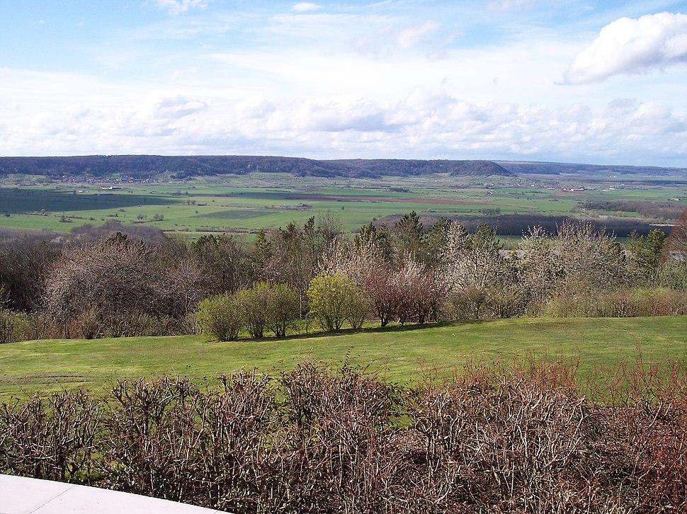 La côte de Meuse depuis la butte de Montsec