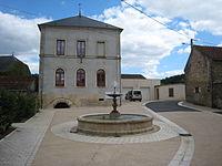 La mairie Montigny-Montfort.JPG