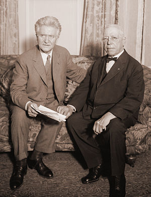 Samuel Gompers - Shortly before his death, Gompers sat down with 1924 independent presidential hopeful Robert M. La Follette Sr.