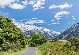 Landscape in Mount Cook National Park 04.jpg