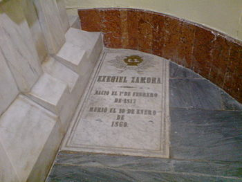 Lapida de Ezequiel Zamora