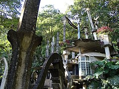 Las Pozas - Edward James Surrealist Garden - San Luis Potosi - Mexico - 03 (32553071348).jpg