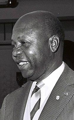 Leon M'ba, 1962. D789-083 (cropped).jpg