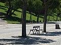 Lisboa, Parque Eduardo VII, bancos.jpg