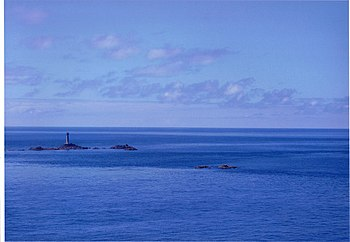 English: Long Ships lighthouse on a summer's d...