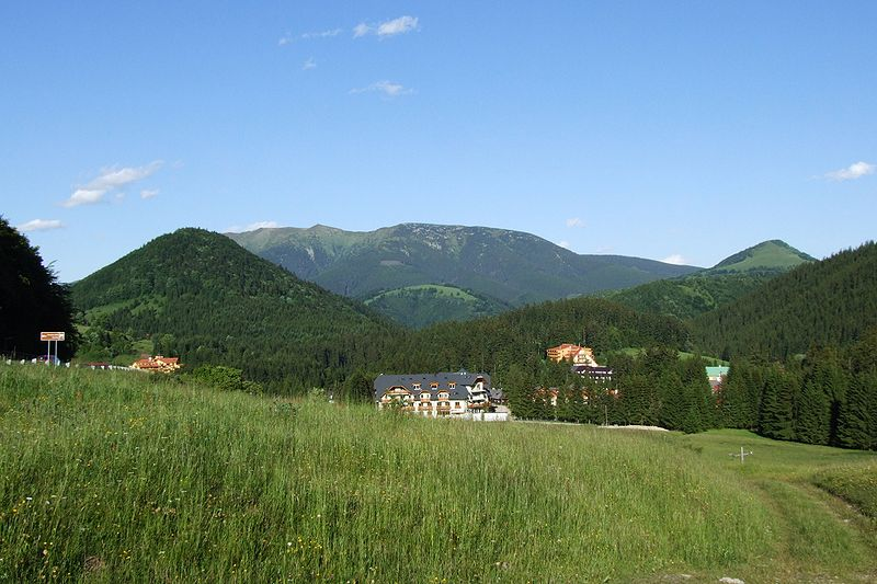 Low Tatras in Juni - view from Donovaly [photo by Pudelek (Marcin Szala), via Wikimedia Commons)