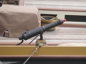 Weapon mount - A swivel gun mounted on the American topsail schooner Lynx.