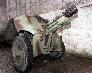 76 mm mountain gun M48 - Image: M48 76m mountain gun Visca 19960515