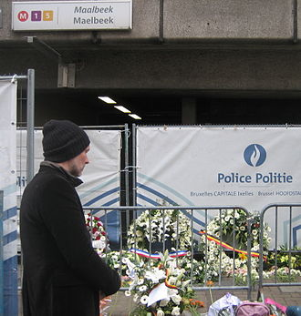 Maalbeek/Maelbeek metro station - Maelbeek metro entrance after March 2016 Brussels attacks